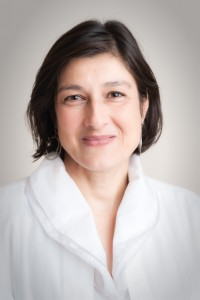 Dr. med. Usha Peters